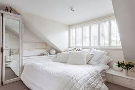 White Shabby Chic Bedroom by Shabby Chic Bedroom Decorating Ideas With White All Over Again To
