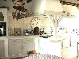 relooker sa cuisine en chene massif peinture meuble cuisine chene peindre des meubles de cuisine en