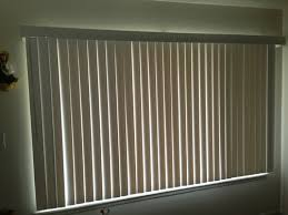 How Wide To Hang Curtains Curtains Hanging Curtains Over Blinds Designs Curtain Easy