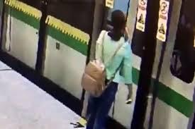 every parent u0027s worst nightmare as train doors separate mum from