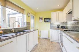 2 bedroom detached bungalow for sale in knowsley road west