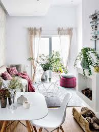 charmoso apartamento pequeno é acolhedor e tem decoração com aura