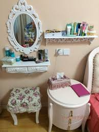 Bedroom Dresser Mirror Stunning Bedroom Decoration Using White Wood