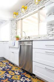 kraftmaid dove white kitchen cabinets bettijo s farmhouse kitchen tour clutter