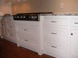 what is a shaker style cabinet simple shaker style kitchen cabinets kitchen cabinet door