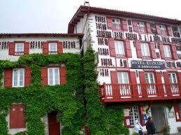 chambre d hote espelette pays basque espelette une destination piquante dans le pays basque