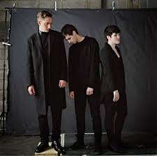 oliver sim jamie smith and romy madley croft of the xx thanks
