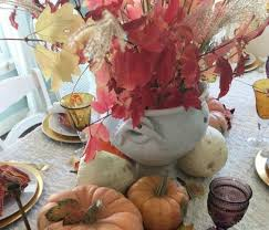 make your thanksgiving table look amazing with these quick decor