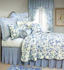 Pottery Barn Toile Bedding Best 25 Toile Bedding Ideas On Pinterest French Country Bedding