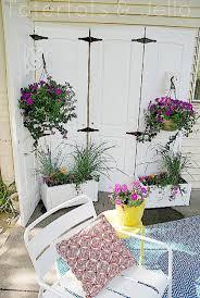 25 diy wonderful ideas for reusing old doors beautyharmonylife