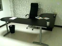 ikea galant bureau bureau en angle ikea trendy bureau d angle ikea clasf