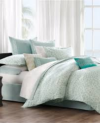 bedding everything turquoise