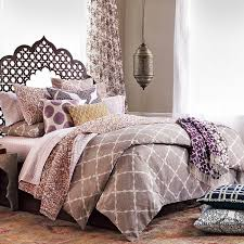 Bloomingdales Bedroom Furniture by Best 25 Exotic Bedrooms Ideas On Pinterest Indian Bedroom