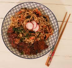 cuisiner le tempeh cuisiner le tempeh nouilles sautées tempeh veggie