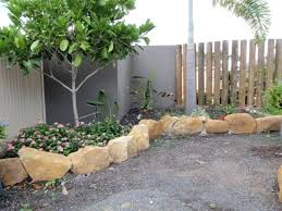 Rocks For Garden Edging Rocks For Edging Rock Garden Edging Size Of River Rock For