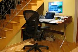 My Office Desk What To Look For In A Small Home Office Desk At Home With