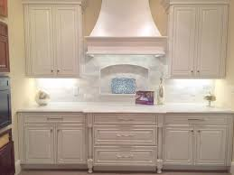 kraftmaid dove white kitchen cabinets sherwin williams antique