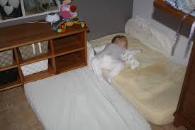 chambre montessori chambre montessori 1 an dormir sur le sol el bodegon