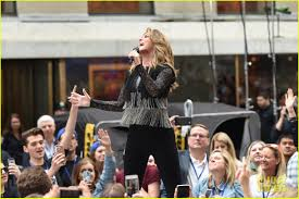 Today Show by Shania Twain Performs Her Hits During U0027today Show U0027 Concert Photo
