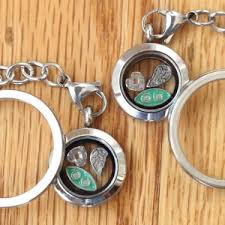 2 peas in a pod keychain locket sets featuring living lockets and necklaces and floating