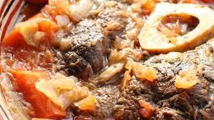 cuisiner jarret de boeuf jarret de boeuf au plemousse gin et carottes recette par un