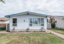 7 beechmont avenue spruce grove mls e4074626 brookwood real 4 level split detached single family for sale