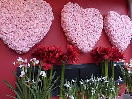 valentines day flowers s day flowers gift bouquet deliveries dozen roses