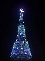 world u0027s tallest christmas tree unites sri lanka u2013 mdwlive news