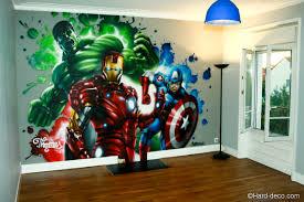 fresque marvel réalisée dans la chambre de