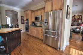glazed maple cabinets don u0027t go with anything