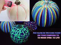 Glow In The Dark Halloween Costume Ideas by 15 Festive Fingernails For The Christmas Season Scary Places