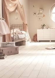 parquet blanc chambre quel parquet pour une chambre le parquet massif image 2 quel