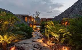 tour bernardi peschard u0027s mexican house by pacific coast wallpaper