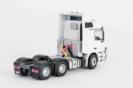 mercedes truck white 1 50 mercedes 2660 actros truck white drake