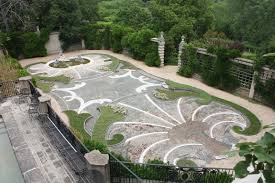 top 10 most beautiful gardens in the world to strolls