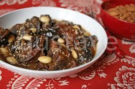 cuisine marocaine tajine agneau tajine d agneau aux pruneaux et aux amandes la recette gustave