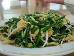 soja cuisine recettes recettes d une chinoise pousses de soja sautées avec ciboulettes et