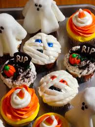 halloween cupcakes and homemade fondant the falafelser