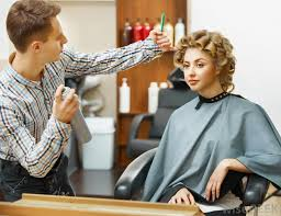 average tip for a haircut how much should one tip a hairstylist with pictures