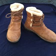 womens ugg denhali boots 93 ugg shoes ugg hiking boots leather fur lined 7 5