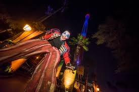 busch gardens halloween horror nights now fear this frightfully fun halloween attractions experiences