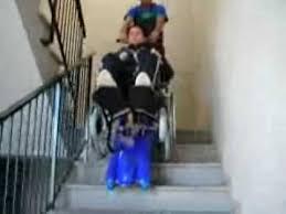 sedie per disabili per scendere scale saliscale cingolato montascale