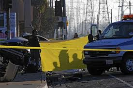 four die after car crashes in compton while fleeing deputies latimes