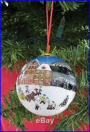 2 li bien glass ornament painted inside