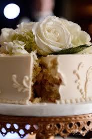 wedding cake at oceancliff newport ri flowers broadway floral