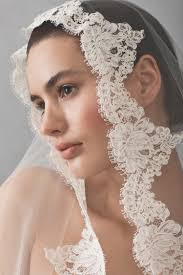 bridal veil cathedral tulle bridal veil with lace kleinfeld bridal