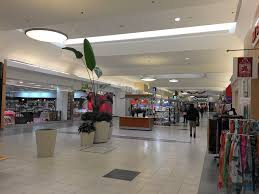 Woodfield Mall Thanksgiving Hours Shoppers In Morton Grove Niles Lament U0027dead U0027 Black Friday Niles