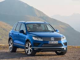this new moonlight blue 2014 volkswagen touareg x with a 3 0l 6