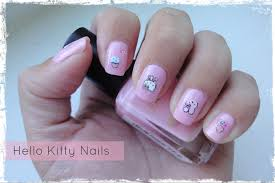 nail art hello kitty