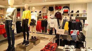 store in mumbai check out h m s brand 17 000sqft store in mumbai